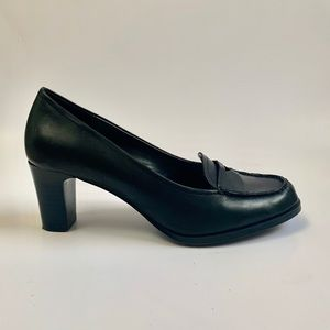 Vintage 1990s black leather witchy goth heels